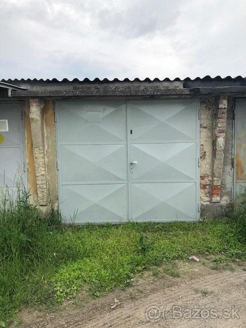 GARÁŽ, NITRA – FABRICKÁ UL.